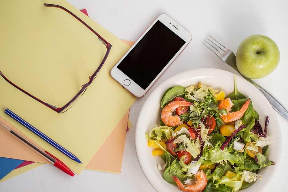 Alimentação saudável para estudante
