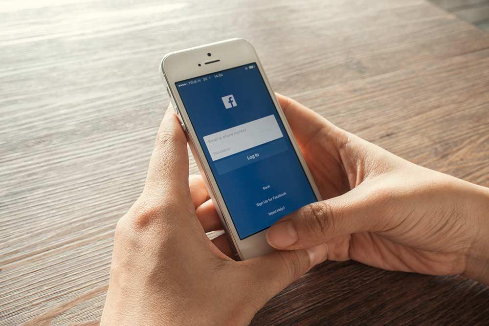 Redes sociais no celular