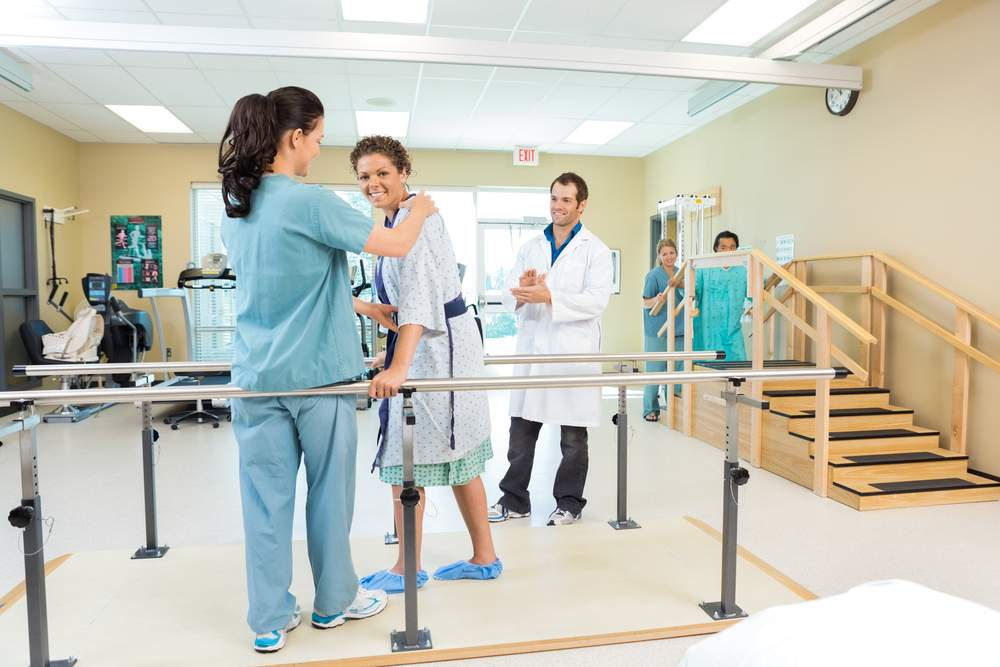 fisioterapeuta no trabalho