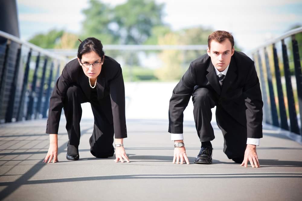 funcionários competindo