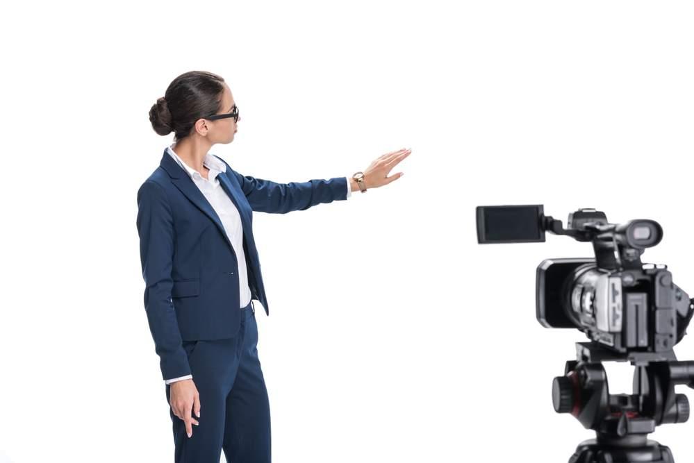 apresentadora de telejornal