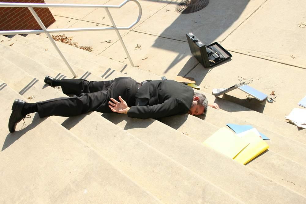 homem exausto